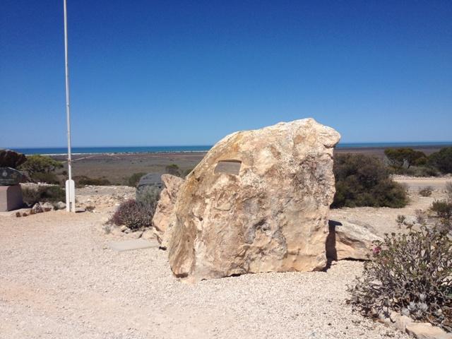Eyre Memorial, Eucla